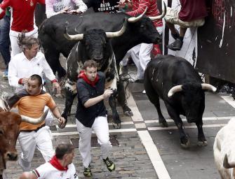 running-bulls-pamplona-2014