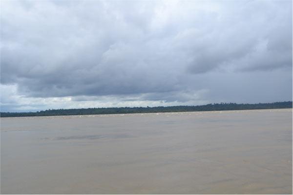 0611_mg_Tapajós-River-in-area-to-be-flooded-by-the-São-Luiz-do-Tapajós-Dam.jpg